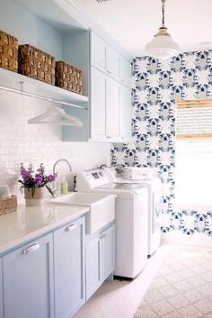 Benjamin Moore Heaven on Earth Blue laundry room