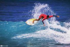 1ère coupe Open de surf à La Réunion   #coupe #open #surf #lareunion #surfing #surfinglife #competition #landscape #water #waves #quilsilver  #roxy #prosurfer #photograph #photographer #spot #des #roches #ffs #solpak #bodyboard #boucan #canot #dropknee by petilio3