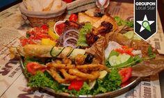 Oferta: Podróże kulinarne: soczyste mięsa lub ryby i owoce morza dla 2 osób od 69 zł i więcej w El Globo Restaurant & Pub, w Szczecin. Cena: 69zł
