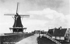 """Harlingen - Noorderzeedijk, Oude Ringmuur - kaart met poststempel 1941 - molen """"De Bazuin"""" is in februari 1944 afgebroken in opdracht van de Duitse bezetters"""