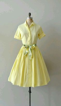 1950 - 1960's dress - the buttons go all the way down the dress.