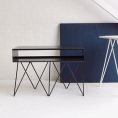 Geistreich gestaltete Stahl-Möbel