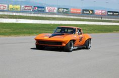 Second Time Around: Frank Manning's '64 Corvette Vintage Racer - Turnology