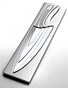 Nesting chef knife set