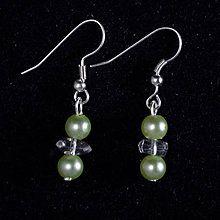 Maja Nikelova - MajaNikelova Šperky Náušnice / SAShE.sk Pearl Earrings, Drop Earrings, Pearls, Handmade, Jewelry, Fashion, Jewellery Making, Moda, Bead Earrings