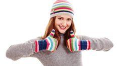 Trápí vás studené nohy a ruce? Poradíme, jak je rychle zahřát a na co si dávat pozor.