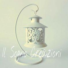 Bellissima #lanterna ideale come complemento di arredo e come #bomboniera per chi ama il gusto raffinato e romantico #ilsognocreazioni via Galatina 57 S. Maria C.V.