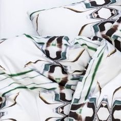 ZigZagZurich makes luxury bedding, duvet covers, curtains, throws and blankets, designed by artists using the finest quality materials made in Italy Duvet Cover Design, Bed Linen Design, Bed Design, Home Textile, Artist At Work, Luxury Bedding, Linen Bedding, Designer, Pillow Covers