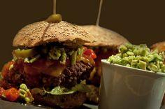 Mexicansk burger med hjemmelavet guacamole