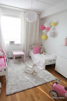 Coconut White: Lastenhuoneen sisustus valmistumassa ja kesän huippuhetket