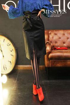 Autumn High Collar Skirt, Php560.00