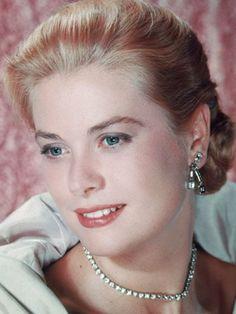 Grace Kelly, real classy