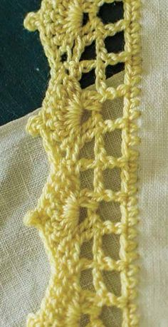 Edged Tea Towels Pattern; Sarah Read; Interweave Crochet, Home 2015 | InterweaveStore.com