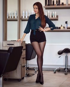 Tights Galore aims to be the number one place for tights and pantyhose fashion inspiration. Pantyhose Outfits, Pantyhose Fashion, Pantyhose Legs, Perfect Legs, Great Legs, Nice Legs, Beautiful Legs, Gorgeous Women, Belle Silhouette