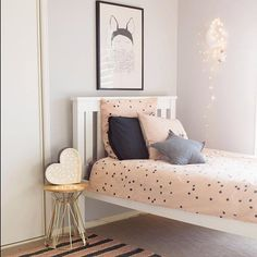 Kids room in peach and grey