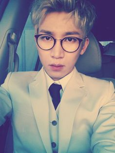 Eunkwang, he creeps up on me. Asdfjkl, I can't help but love him. #Eunkwang #BTOB