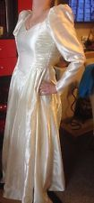 VINTAGE WEDDING DRESS BY THE CEREMONIA by NICHOLAS BROS COLLECTION