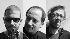 Ένα ταξίδι από τη Δύση στην Ανατολή και από την Ανατολή στη Δύση… και στη μέση η Ελλάδα του παρελθόντος και του παρόντος. ----------------------------------------------------- #music #mix #live #fragilemagGR Στέγη Ιδρύματος Ωνάση / Οnassis Cultural Centre Athens http://fragilemag.gr/metasxhmatismoi/