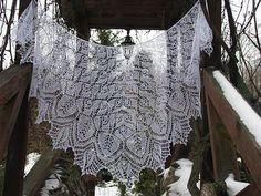 Ravelry: Shawl Petals of Rose pattern by Olga Bochkareva