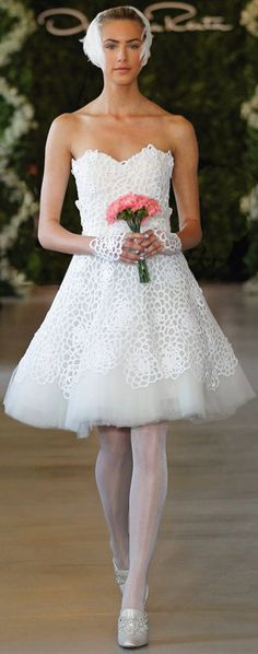 Oscar de la Renta Bridal 2013 ~ White camellia cotton guipure sweetheart dress with tulle petticoat