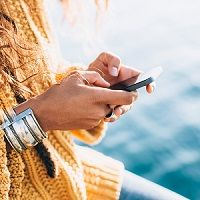 Traveling like a resident instead of a tourist has long been a goal for many vacationers. Now there are apps for that, creating ways for you to meet locals as tour guides so you accumulate experiences rather than just check things off your bucket list.