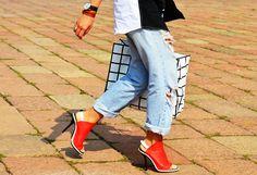 Milan Fashion Week @}-,-;--
