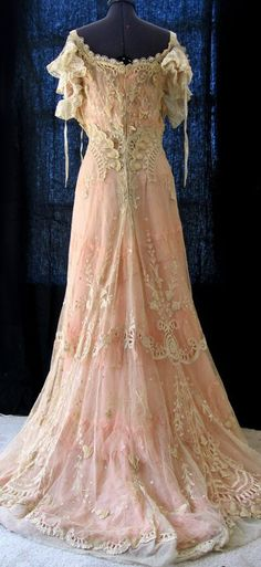Vintage 'Gibson Girl' gown