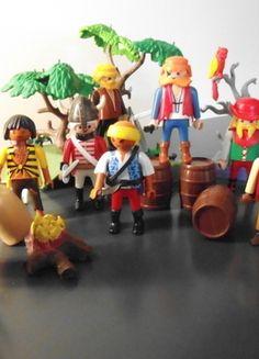 Kaufe meinen Artikel bei #Mamikreisel http://www.mamikreisel.de/spielzeug/zum-bauen-playmobil-lego-and-co-dot/29673800-playmobil-set-piraten-insel-skelett-seerauber-zubehor