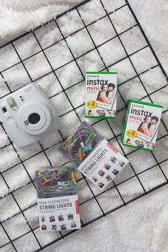 Foto Gitter zum Muttertag mit Instax Sofortbildern Fujifilm Instax Mini, String Lights, Pictures, Diy Crafts, Handarbeit, Twinkle Lights, Garlands