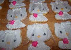 Hello Kitty Bridal Shower Cookies Hello Kitty Cookies decorated for a bridal shower, each with a little veil. Hello Kitty Wedding, Hello Kitty Theme Party, Hello Kitty Themes, Hello Kitty Cookies, Hen Night Ideas, Hello Kitty Jewelry, Dandelion Designs, Barbie Wedding, Wedding Themes