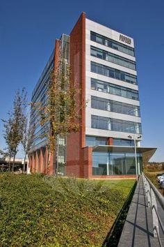 Pohodlný Office Park Nové Butovice, který se vyznačuje špičkovou dopravní dostupností, najdete právě teď v naší akční nabídce :o)