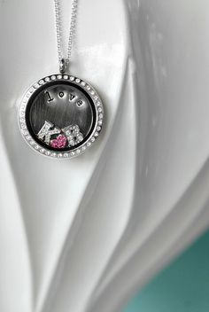 Celebrate your love with a Living Locket! www.nadiagustafson.origamiowl.com
