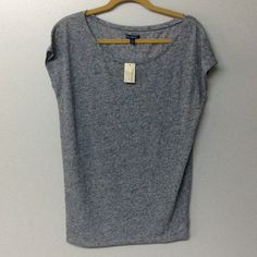 NWT AMERICAN EAGLE SLEEVELESS T-SHIRT This is a very cute scoop-necked sleeveless tee.  It is a gray-flecked color and is made of 50% rayon and 50% polyester for a very soft feel. American Eagle Outfitters Tops Tees - Short Sleeve