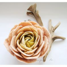 Caramel Cream Olive Green Ranunculus Spring Flower Pin Brooch Corsage ($27) ❤ liked on Polyvore featuring jewelry, brooches, olive green jewelry, flower pin brooch, cream jewelry and olive jewelry