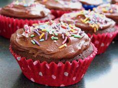 One Mother Hen: Mud cake muffins Mud Cake, Muffin Recipes, Kitchen Recipes, Muffins, Chocolate, Desserts, Food, Tailgate Desserts, Muffin
