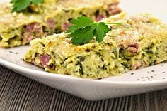 Find recipes for good healthy family meals, try variations of our mixes with great recipes for crumble, crackers, waffles and more! Kids Packed Lunch, Zucchini Slice, Healthy Family Meals, Cooking With Kids, Mozzarella, Great Recipes, Smoothie, Food And Drink, Nutrition