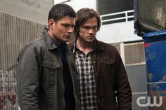 """""""The Man Who Knew Too Much"""" - Jensen Ackles as Dean, Jared Padalecki as Sam in SUPERNATURAL on The CW. Photo: Jack Rowand/The CW ©2011 The CW Network, LLC. All Rights Reserved."""