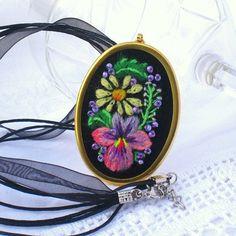 Muhu fieldflowers embroidery pendant necklace by MuhuJewelry, €25.00