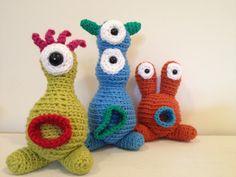 Thursday Handmade Love Week 65 Theme: Monsters Includes links to #free #crochet patterns  Three Monster Family - stuffed amigurumi toys via Etsy