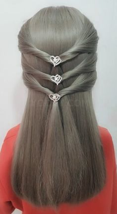 Do you wear skirts today? Try this hairstyle - fashion - Hairdos Ideas Hair Upstyles, Long Hair Video, Hair Videos, Hair Hacks, Braided Hairstyles, Hair Inspiration, Curly Hair Styles, Hair Makeup, Hair Beauty