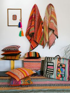 Excuse me while I lose my mind   Decorating with Peruvian Textiles | eBay