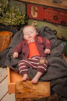 Dirkje babykleding 3 delig setje bestaande uit een vest, shirt en broekje