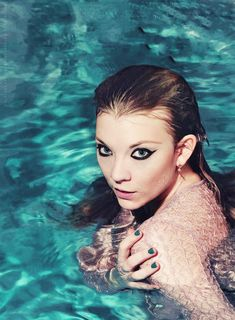 Natalie Dormer la sublime Margaery Tyrell de Game of Thrones Natalie Dormer, Beautiful Celebrities, Beautiful Actresses, Beautiful Women, Beautiful People, Anne Boleyn, Hunger Games, Game Of Thrones, Actrices Sexy
