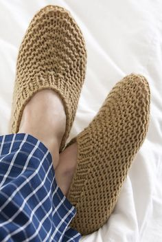 Free Knitting Pattern for Easy Slippers for Him - Designed by Red Heart, these unisex slippers come in sizes small, medium, large. Rated very easy by most Ravelrers and easy by the designer Nazanin S. Fard