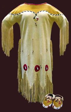Traditional Native American wedding Dress (which nation - unknown)