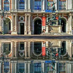 { #Turinapuddle } Palazzo Carignano - Piazza Carlo Alberto