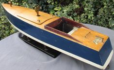 Large 27 inch Bassett Lowke clockwork boat (Iolanthe) c 1935 works bing Speed Boats, Classic Toys, Vintage Toys, Pond, It Works, Nautical, Antiques, Diy, Boats