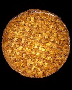 homemade #applepie  - #baking #pie #apple #yummy #food #weekend #moodygrams #instafood #foodporn #foodie #ig_food #illgrammers #delicious #igaddicts #ig_cameras_united #ig_captures #ig_daily #homesweethome