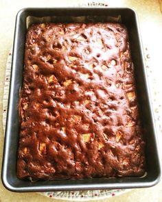 "Ciasto ""salceson"" na dużą blachę Apple Cake Recipes, Dessert Recipes, Sweets Cake, Polish Recipes, Pumpkin Cheesecake, Food Cakes, How Sweet Eats, Cake Cookies, Sweet Recipes"