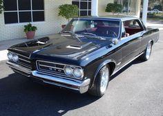 1964 Pontiac Tempest LeMans GTO. http://1976lemans.blogspot.com/2010/10/pontiac-leman-history-1962-to-1981.html